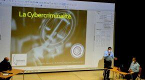 Arnaques sur internet, fraudes à la carte bancaire et autres escroqueries